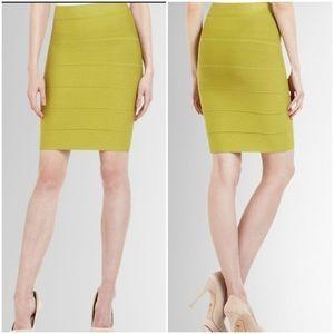 BCBG Maxazria   Green Alexa Bandage Skirt Sz S